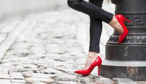 ayakkabının ayaktan çıkmaması için önlemler
