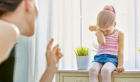 anneye vuran çocuğa nasıl davranmalı